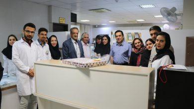 تصویر از تبریک  ودیدار صمیمی مدیرعامل محترم جناب اقای دکتر فرودی به مناسبت روز آزمایشگاه